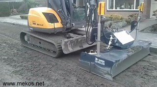 mecalac mcr8 Mekos leveller laserblad laserscreed met trimble sitech equipment....